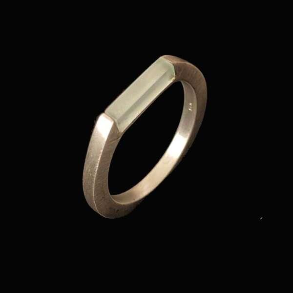 lewitt anillo